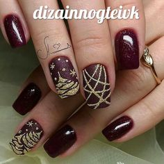 pretty Christmas nails for this holiday season- pretty Christmas nails for this holiday season winter nails with snowflake; red and white Christmas nails; cute and unique Christmas nails; Cute Nail Art Designs, Christmas Nail Art Designs, Winter Nail Designs, Christmas Design, Xmas Nails, Holiday Nails, Christmas Nails, Christmas 2019, Christmas Glitter