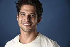 Tyler Posey, claims a new report from Us Magazine, recently revealed he has moved on from his relationship with Sophia Ali. The actor admitted he was Tyler Posey Teen Wolf, Teen Wolf Scott, Celebrity Portraits, Celebrity Photos, Celebrity News, Celebrity Workout, Celebrity Houses, Chris Pratt, Jason Ellis