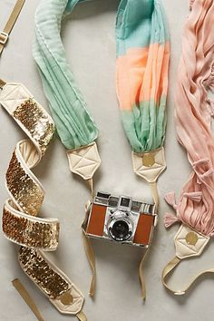 pretty camera straps for your photography friend http://rstyle.me/n/uwnuwr9te