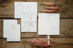 Doily-wrap on this invitation. Pretty sweet idea. Photography by emilysteffen.com / Invitation suite by uniqlove.com