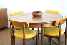 Mid century G Plan Table and chairs in teak and mustard by VB Wilkins - mid century dining set, mid Yellow Dining Chairs, Retro Dining Chairs, Dinning Room Tables, Teak Dining Table, Dining Room Walls, Dining Room Design, Dining Sets, G Plan Furniture, Living Furniture