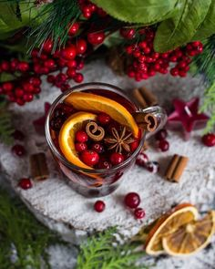 Apart from hot chocolate what's your other fave Christmas drinks 😍🎄🎅🏻 Christmas Drinks, Christmas Mood, Christmas Desserts, Xmas, Tea Recipes, Raw Food Recipes, Café Chocolate, Winter Drinks, Exotic Food