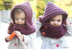 crochet hooded cowl with FREE pattern #diy #craft #crochetpattern