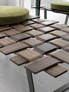 Weaving wood //