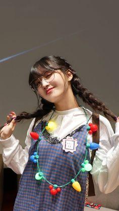 Nayeon, Kpop Girl Groups, Korean Girl Groups, Kpop Girls, K Pop, Chaeyoung Twice, Twice Jihyo, Twice Kpop, Minatozaki Sana