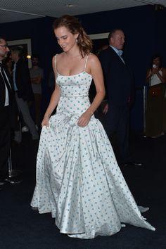 Emma Watson Dress, Emma Watson Outfits, Emma Watson Style, Emma Watson Beautiful, Emma Watson Fashion, Celebrity Style Casual, Celebrity Outfits, Emma Watson The Circle, Emma Watson Red Carpet
