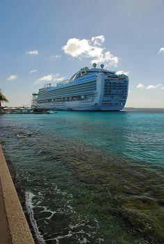Ruby Princess cruise ship in Kralendijk, Bonaire