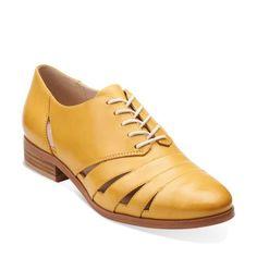 Hotel Image Honey Leather - Womens Medium Width Shoes - Clarks