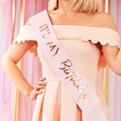 Let everyone know its your birthday with this stunning blush pink and rose gold sash. One size fits all with an adjustable ribbon fastening! Size: 75cm (W) x 10cm (H)Sold individually Diy Birthday Sash, Gold Birthday Party, 18th Birthday Party, Pink Birthday, Birthday Balloons, It's Your Birthday, Classy 21st Birthday, Dog Birthday Hat, 21st Party