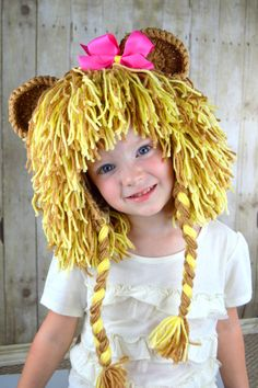 This lion wig is great for Halloween, birthdays, parades and dress up! • Handmade with 100% acrylic yarn * Color - Mixed Light Brown and beige • Yarn is
