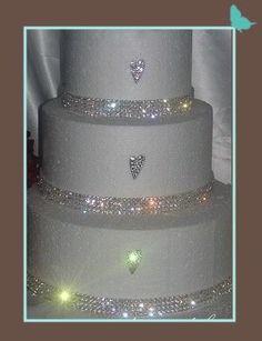 crystal cake banding. Cakes looks amazing. I think they are diamantes or rhinestones.