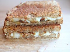 Caramelized Onion Grilled Cheese/. This site has so many cheap meal ideas! I must remember it!!