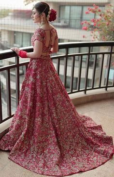 Bridal Lehenga Colour Palettes and What They Represent Designer Bridal Lehenga, Latest Bridal Lehenga, Wedding Lehenga Designs, Lehenga Wedding, Indian Bridal Outfits, Indian Bridal Fashion, Indian Bridal Wear, Indian Bridal Lehenga, Pakistani Bridal Dresses