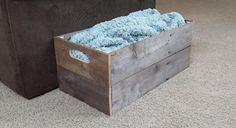 DIY Rustic Pallet Crate :http://fixthisbuildthat.com/2015/03/diy-rustic-pallet-crate/