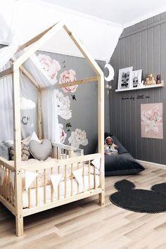 Inspiration from Instagram - Jeanette Sandvik @jeanettesandvik - pastel girls room ideas, pink and grey girls room design, girls kidsroom, kidsroom decor, nursery decor, nursery design, nursery, kids interior, kids room design