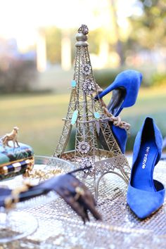 Holiday Gift Guide: Stocking Stuffers | Haute Off The Rack @Nine West