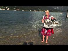 Corinna Zollner Flirten auf Boarisch - YouTube