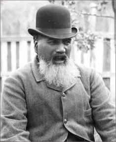 A voice for peace and tolerance of cultural differences. Te Whiti o Rongomai is a man to be remembered an idolised for passive resistance to tyranny Elmo And Friends, Nz History, Lilla Rogers, Polynesian Culture, First Nations, New Zealand, Riding Helmets, How To Memorize Things, The Past