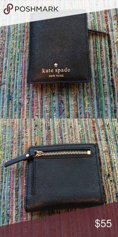 Kate spade wallet Kate spade wallet good as new! kate spade Bags Wallets