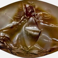 The Pylos Combat Agate is a Bronze Age example of Greek art found in the Griffin Warrior tomb. It revolutionizes our thinking on prehistoric art. Ancient Egyptian Artifacts, Ancient Myths, Ancient Greek Art, Ancient History, Minoan Art, Classical Greece, Mycenaean, Rosetta Stone, Recent Discoveries