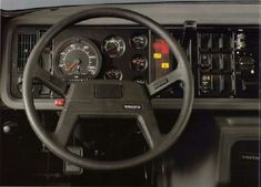 Truck Interior, Volvo Trucks, Vehicles, Antique Cars, Trucks, Rolling Stock, Vehicle