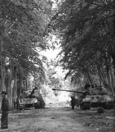 King Tiger tanks from schwere Panzer-Abteilung 503 arrived at the Normandy Front in mid-July 1944. The schwere Panzer-Abteilung 503 was equipped in June 1944 with 45 Tigers, including 12 King Tigers (Porsche turret), which were issued to the 1./schwere Panzer-Abteilung 503.