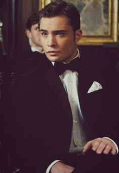still looking for a guy who looks/dresses like chuck bass.