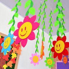 Kids Crafts, Easter Arts And Crafts, Paper Decorations, Birthday Decorations, Flower Decorations, Diy Flowers, Flower Pots, Infant Room Daycare, Kindergarten Classroom Decor