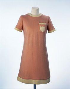 Mary Quant minidress ca. 1966 via The Victoria & Albert Museum - love the matching contrast applique and trim