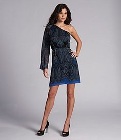 One shoulder paisley
