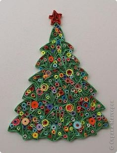 Quilling Christmas Tree - just. Quilling Work, Quilling Paper Craft, Paper Crafts, Diy Crafts, Paper Quilling Patterns, Quilled Paper Art, Quilling Ideas, Quilling Flowers Tutorial, Diy Christmas Cards