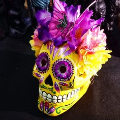 big skull with flowers