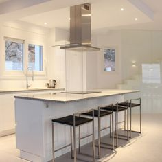 Un îlot central de cuisine comme on les aime chez Alterego Design !