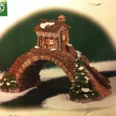 2000 Department 56 DICKENS VILLAGE Accessory ABINGTON BRIDGE in Box MIB Christmas Carol, Christmas Ornaments, Dickens Village, Department 56, Christmas Villages, Villas, Medieval, Bridge, Hobbies