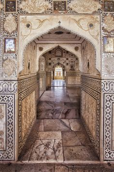 Amber Fort in Jaipur Rajasthan India India Architecture, Beautiful Architecture, Gothic Architecture, Ancient Architecture, Varanasi, Amazing India, Rajasthan India, India Travel, Belle Photo