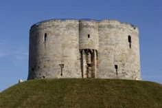 Pictures of York England - A Gem of a City: Clifford's Tower - A Remnant of One of York's Sorriest Episodes