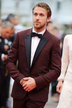 9d720f48a1b2 un idea di abito matrimonio uomo elegante in un colore particolare