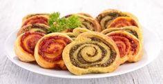 15 apéritifs légers à faire en moins de 15 minutes Pesto Rouge, Biscuits Croustillants, Crackers, Parmesan, Sausage, Tacos, Favorite Recipes, Breakfast, Chocolates