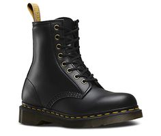 Doc Dr Martens 1460 Made in England 8 Eye Black Leather Boots UK 10 - US Sz Condition is Pre-owned. Dr. Martens, Dr Martens Stiefel, Black Faux Leather, Leather Boots, Leather Sneakers, Lace Up Boots, Black Boots, Black Evening Shoes, Slip Resistant Shoes