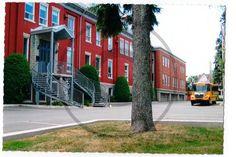 Carte postale de Varennes, collège Saint-Paul | Christie Cartes $2 christiecartes.com
