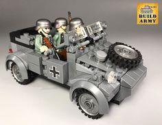 Lego Soldiers, Lego Ww2, Lego Army, Diorama, Lego Machines, Lego Construction, Legos, Lego Stuff, Jeep