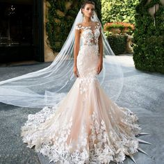 Elegant Mermaid Lace Applique Wedding Dress with Sleeves Backless Sexy Floor Length Bridal Gown Wedding Dress Off Shoulder