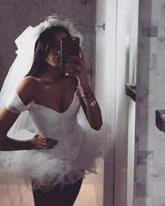 57 Hottest Halloween Costume Ideas To Wear To This Year's Halloween Party - New Ideas - Halloween Costumes Women Dead Bride Costume, Halloween Bride Costumes, Celebrity Halloween Costumes, Couple Halloween, Halloween Outfits, Zombie Bride Costume, Couples Costumes Adult, Vampire Costumes, Halloween Ideas