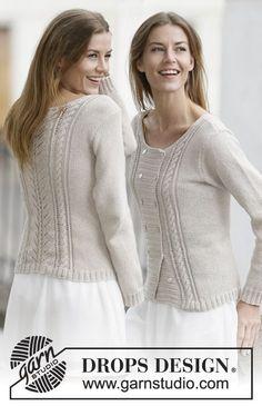 """Sweter rozpinany DROPS z dwurzędowym zapięciem, ściegiem ażurowym i warkoczami, z włóczki """"Cotton Light"""" lub """"Belle"""". Od S do XXXL. ~ DROPS Design"""
