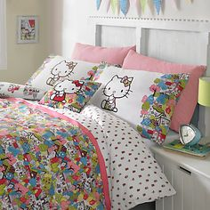 Hello Kitty For Liberty Art London Town Duvet Cover Set (Squibbly-bibbly will love this! Hello Kitty Bedroom, Hello Kitty House, Duvet Sets, Duvet Cover Sets, Hello Kitty Collection, Room Inspiration, Bedroom Decor, Bedroom Ideas, Furniture