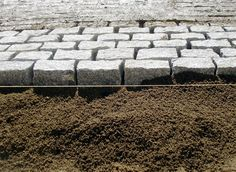 Granit Pflaster, gespalten, bei der Verlegung - Granit Quintana, granit.premiumstone.eu