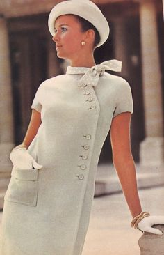 dress and coat outfit 60 Fashion, Fashion History, Retro Fashion, Fashion Dresses, Vintage Fashion, Womens Fashion, Fashion Design, Fashion Trends, Fashion Clothes
