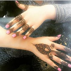 Tattoo designs for fingers Mehendi, Mehandi Henna, Jagua Henna, Henna Tattoo Kit, Mehndi Tattoo, Henna Tattoo Designs, Henna Tattoos, Henna Ink, Design Tattoos