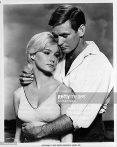 """Yvette Mimieux and Rod Taylor in """"The Time Machine"""" 1960 Old Movies, Vintage Movies, Hollywood Stars, Old Hollywood, Classic Hollywood, Yvette Mimieux, Gloria Dehaven, Classic Sci Fi, Classic Movies"""