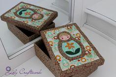 Caixa em MDF (madeira) trabalhada com tecido e patchwork embutido! Matrioska, Boneca